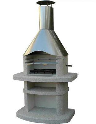 Betonový krb s nerezovým komínem